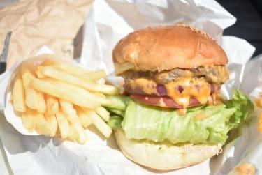 【吉祥寺 ハンバーガー】「BATI cafe(バチ カフェ)」《テイクアウト》ボリューミーなチーズバーガー&ぎっしり断面サンドイッチ