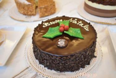 """【GINZA SIX】本場ミラノを再現した店内「Café Cova Milano」クリスマスケーキ2020は""""海外っぽい""""がキュートなチョコレートケーキ&名物ミルフィーユパネットーネなど5種類"""