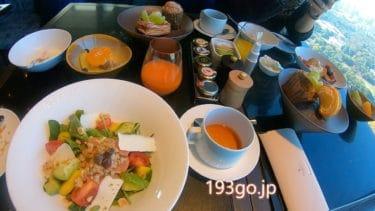 【フォーシーズンズホテル東京大手町】2泊3日ステイ 日本で味わう海外風の非日常モーニング 39F清々しい皇居ビューで