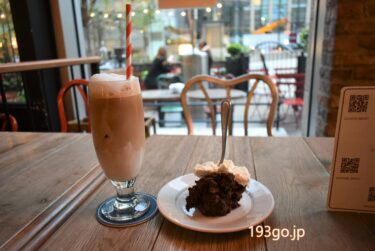 【日比谷 ミッドタウン】フレンチカフェ「Buvette」話題のチョコレートムースを!スプーンが刺さったビジュアルがユニーク